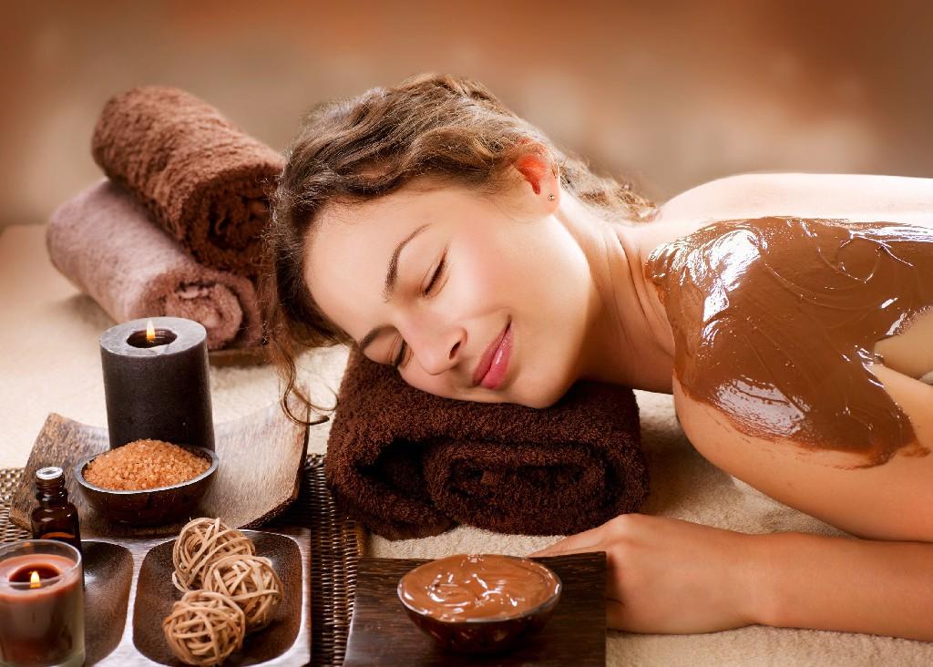 """""""Îți reamintesc dragostea mea!"""": masaj cu ciocolată pentru un..."""