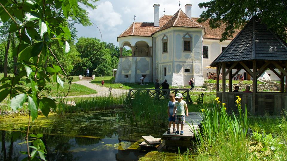 Gustă farmecul Transilvaniei nobiliare! - Vacanță pe domeniul Contelui...