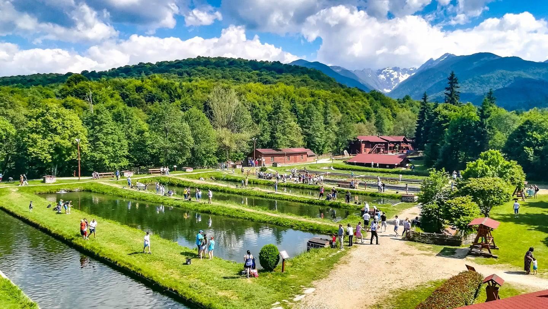 Aventură de 3-6 zile în Munții Făgăraș: relaxare la ștrandul de la...