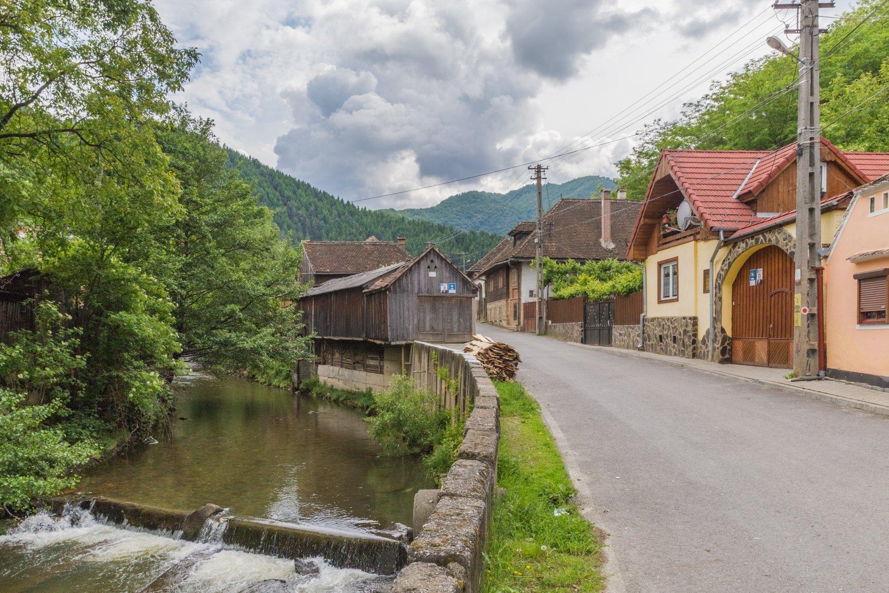 """""""Călătorie în sufletul unui sat """"- Sibiel și Gura Râului, Sibiu:..."""