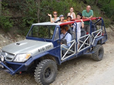 Tură de Safari Off Road în Munții Neamțului - Te invită Piatra Neamț!