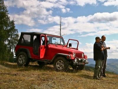Te invită Piatra Neamț - Curs de pilotaj Off road în Munții Neamțului