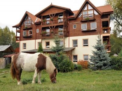 Aventură de 3-5 zile în Munții Făgăraș: plimbare terapeutică pe poteca simțurilor, vizită la ferme, plimbare călare, ospăț cu pește proaspăt și cu vită de rasă nobilă! Te invită Sibiul!