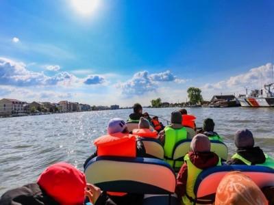 Evadare în Delta Dunării, pachetul suprem cu 5 excursii. Vă așteaptă 4 zile de frumusețe sălbatică! Cazare si masă la pensiune premium 4* și câte o aventură în fiecare zi.