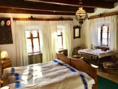 Gustă farmecul Transilvaniei nobiliare! - Vacanță pe domeniul Contelui Kalnoky la Micloșoara, Covasna, cu 3 mese pe zi, gastronomie locală pură, și câte o excursie în fiecare zi a săptămânii. Variantele 1-5 nopți, cazare în case de patrimoniu.