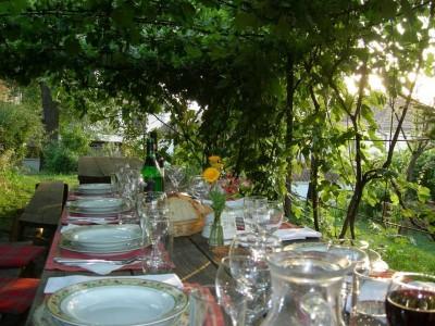 Gustă farmecul Transilvaniei nobiliare! - Vacanță la reședința Prințului Charles din Valea Zălanului sau pe domeniul Contelui Kalnoky la Micloșoara, Covasna, cu 3 mese pe zi, gastronomie locală pură, și câte o excursie în fiecare zi. Variantele 1-5 nopți.