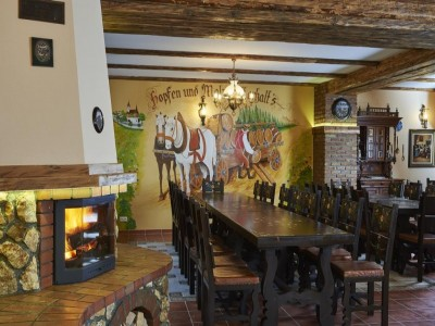 Revelion 2019 la Conacul Ambient 5* sau la Resortul Ambient 5* din Cristian - Brașov: 4 nopți cu mic dejun, petrecere de Revelion