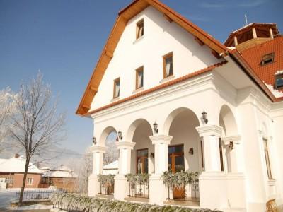 Revelion 2020 la Conacul Secuiesc din Colțești, Alba: 2 nopți all inclusive + (opțional) 1 noapte de odihnă, un recital gastronomic secuiesc, într-un splendid cadru natural, aproape de Piatra Secuiului. Trăiește-ți viața!