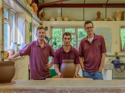 Lecția de ceramică nobilă de Saschiz, vizită la producător cu degustare de dulcețuri și prânz săsesc acasă la cea mai respectată gospodină - Variantele cu sau fără cazare.