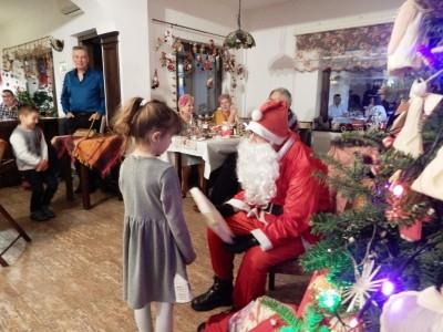 Crăciun premium în Bucovina, la Hildes 4* Gura Humorului, 4 zile cu 3 nopți, demipensiune, 3 cine festive,  între care una cu 12 feluri de bucate, petrecere si primirea colindătorilor, un regal culinar cu vechi rețete bucovinene