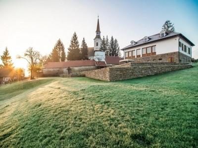 Paște 2021 la Casa Kraus din satul cel mai iubit de sași, Criț, Brașov: 3 nopți cu 3 mese pe zi și a IV-a noapte gratis, pentru odihnă deplină